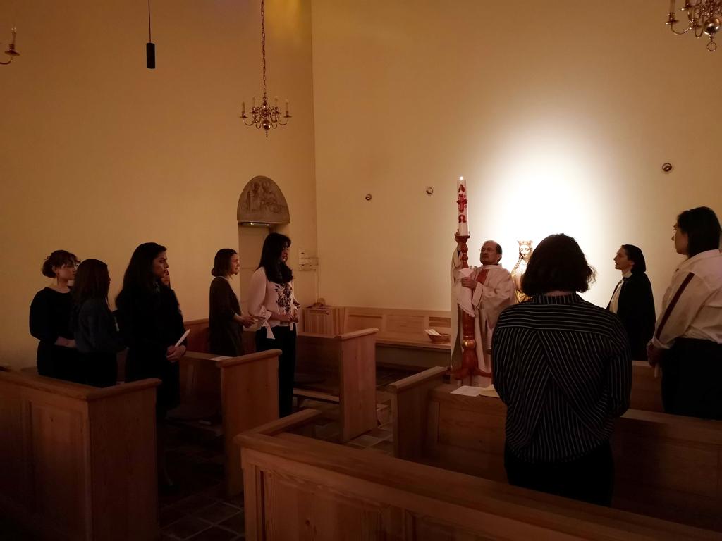 Ostern feiern die Schwestern zusammen mit den Studenten und Praktikanten (Foto: Sr. Ane-Elisabet Røer OP)