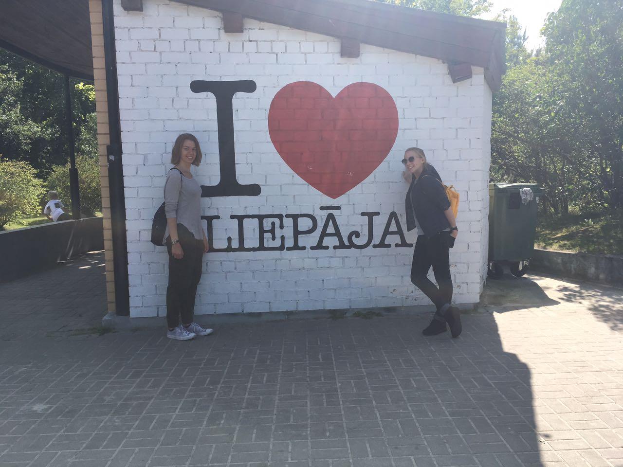 Greta und Josephine in Liepaja