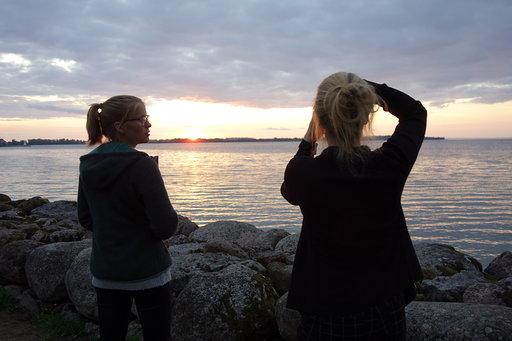Friederike und Johanna am Vätternsee