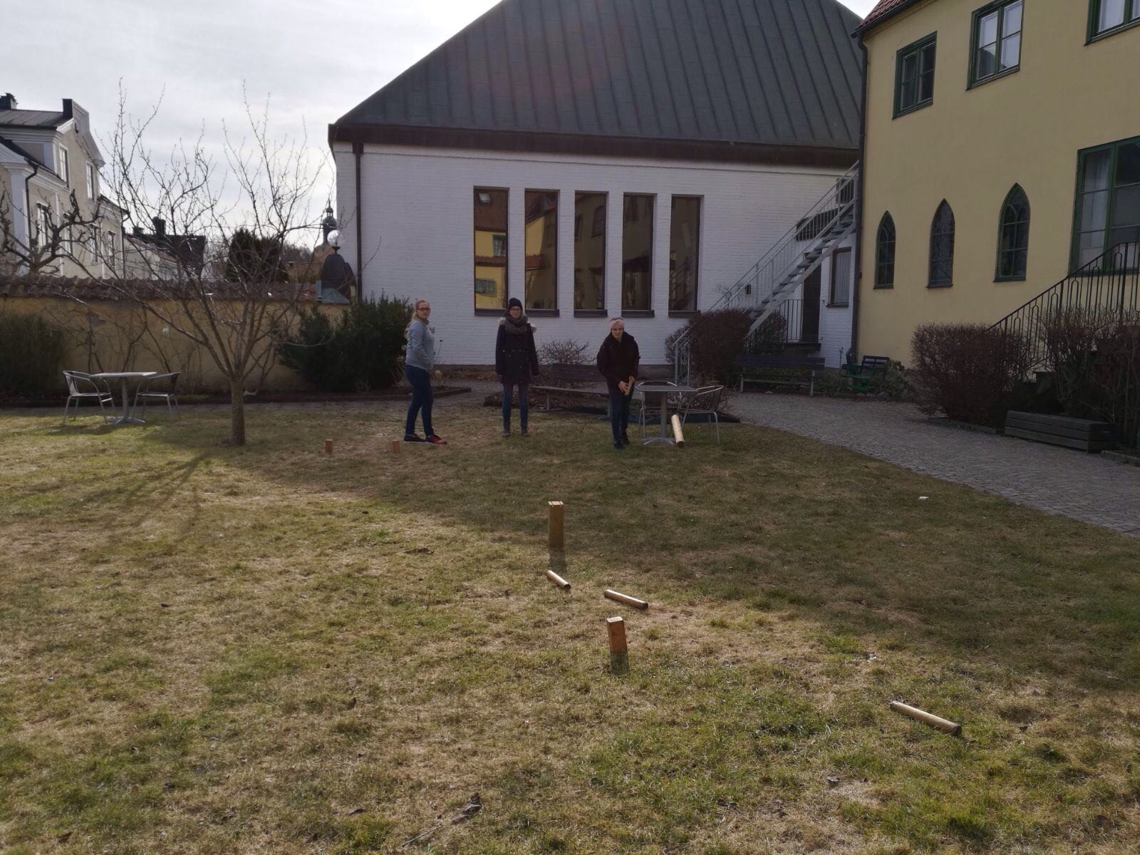 Wikingerschach im Garten des Gästeheims in Vadstena