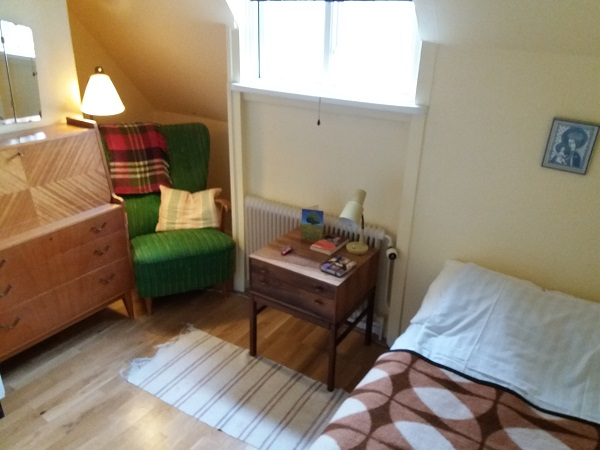 Liobas Zimmer im Gästeheim: klein, aber fein