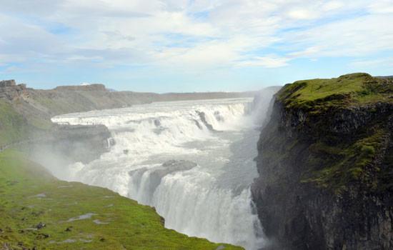 Island besticht durch seine atemberaubende Natur.