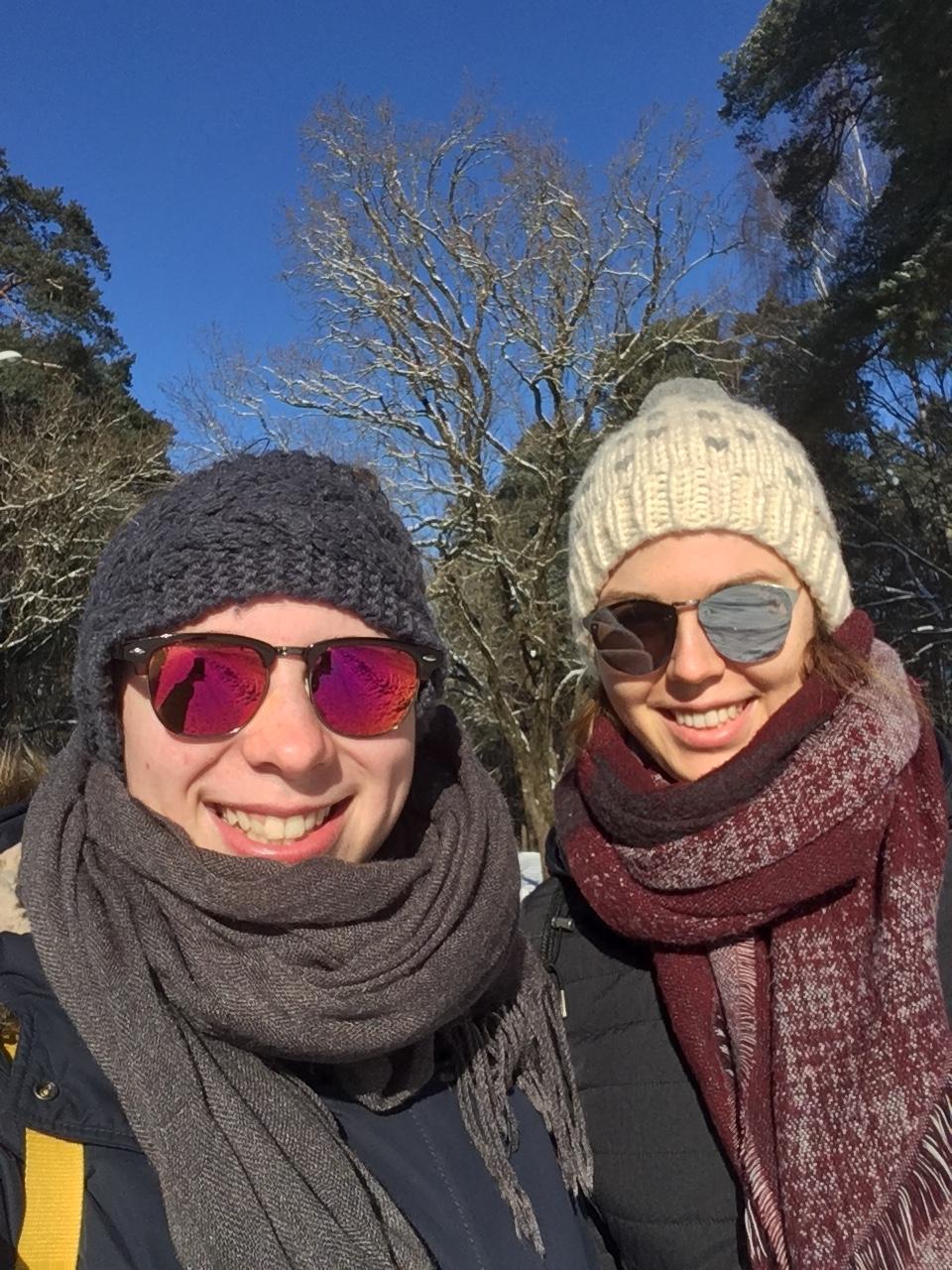 Josephine und Greta im Winter