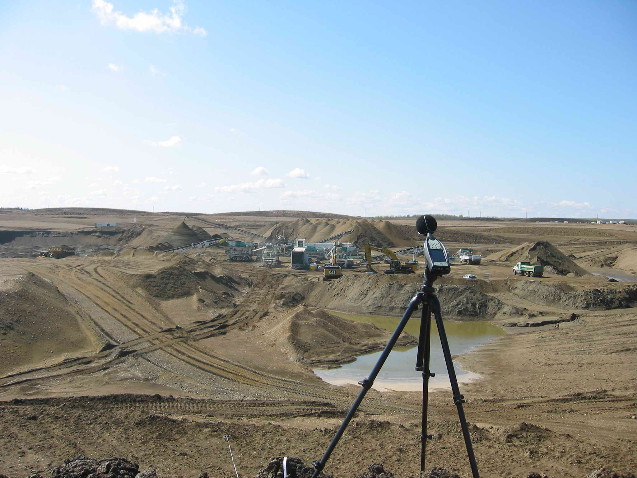 Noise Measurements at Gravel Pit With Crushing