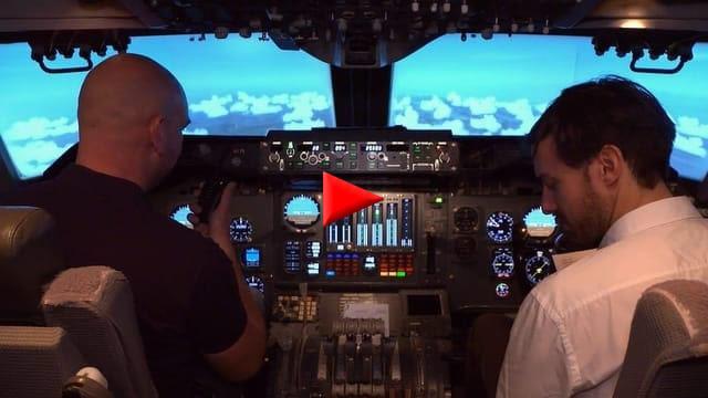 Chirurgen und Piloten haben zusammen eine neuartige Software entwickelt, um Fehler während Operationen zu verhindern.