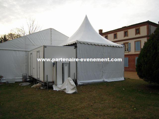 Caravane avec tente accueil