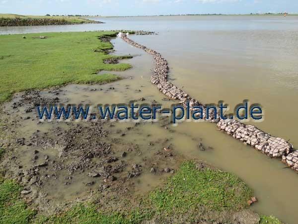 Die neue Ufersicherung bei auflaufendem Wasser