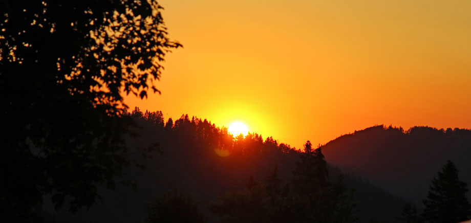 Sonnenuntergang auf dem Camping Bächli, in Bächli-Hemberg