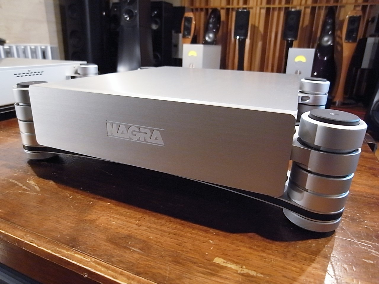 NAGRA HD PREAMP