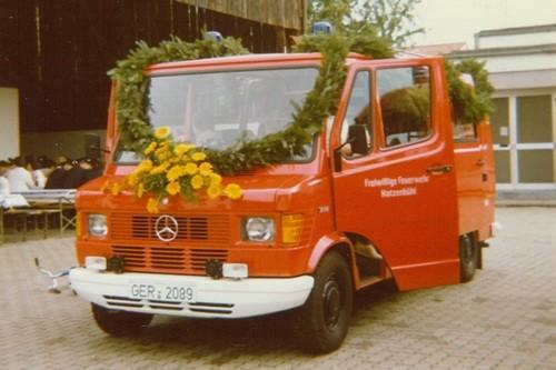 1982 Übergabe neues Löschfahrzeug TSF