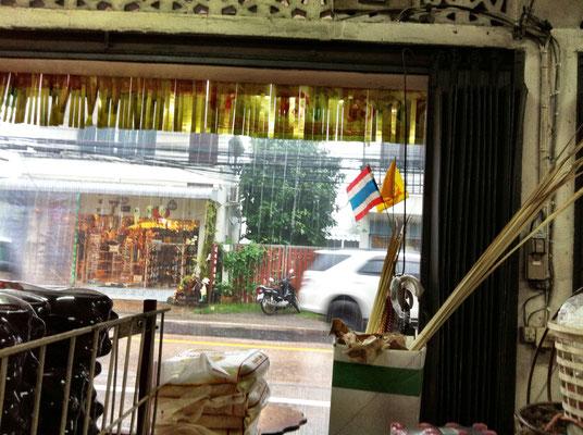 dorfladen-im-regen