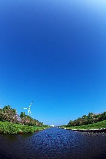 優秀賞 『風車のある風景』 佐々木 郁太郎