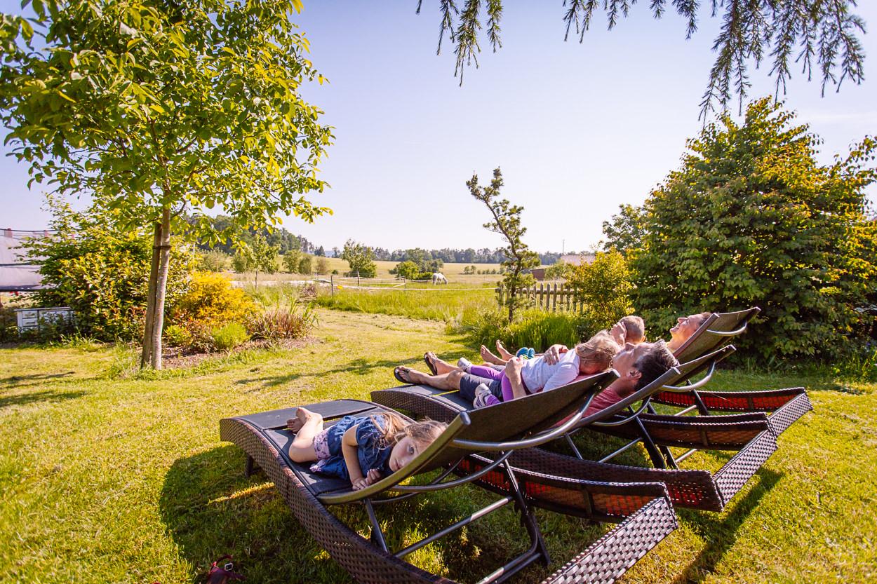 Im Gästegarten - entspannen bei viel Platz in der Natur