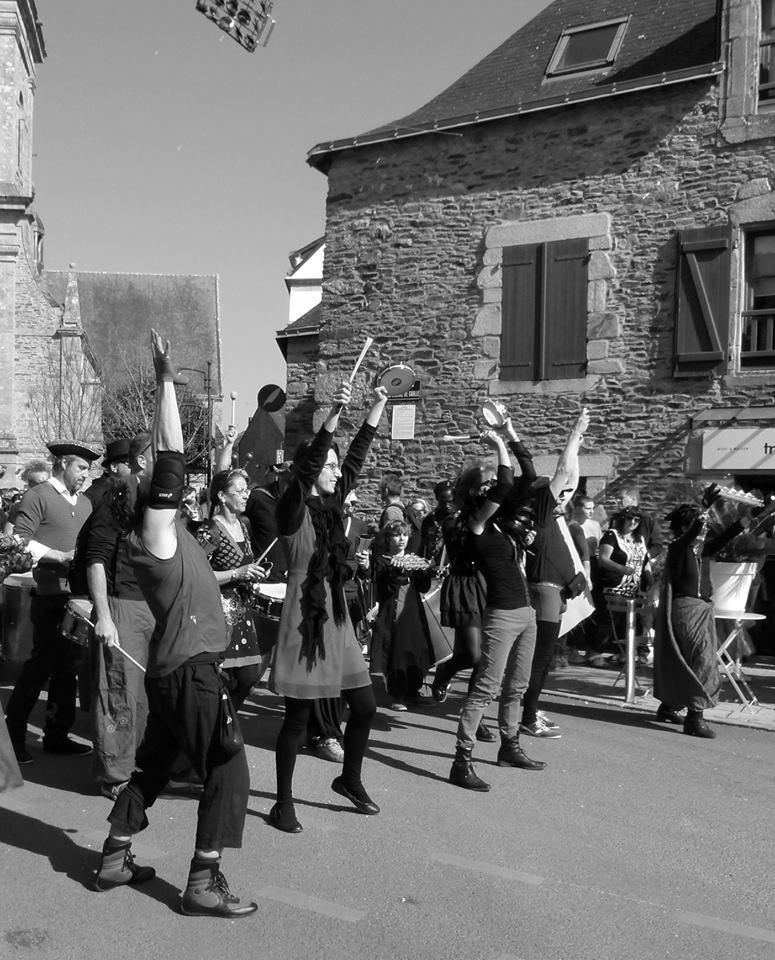 Batucada Ploukatak - Carnaval de Sarzeau (©Philippe Scherrer)