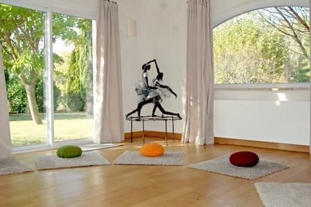 Mas des Vignaux - Salle de méditation -Drôme provençale-France - stage silence