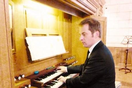 Vincent WARNIER - Amis de l'orgue de Nontron - Dordogne 24 - orguenontron.jimdo.com