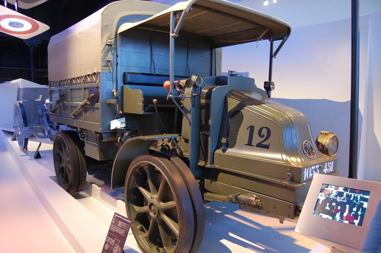 Camion LATIL TAR 1915