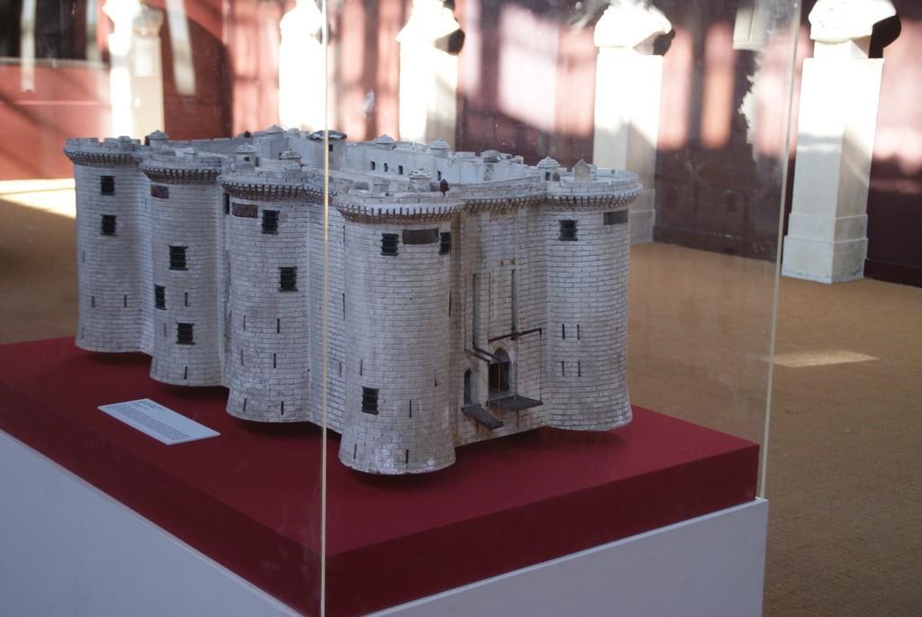 Salle du Jeu de Paume : maquette de la Bastille