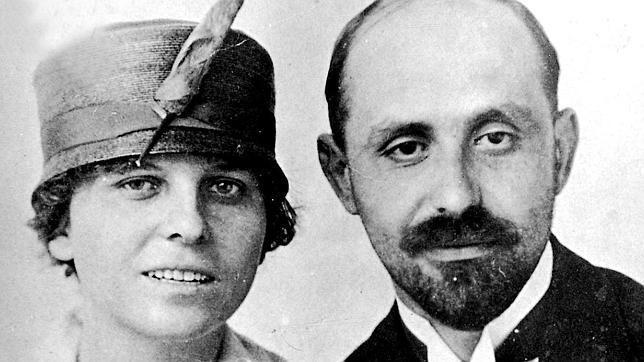 Juan Ramón Jiménez y su esposa Zenobia Camprubí.