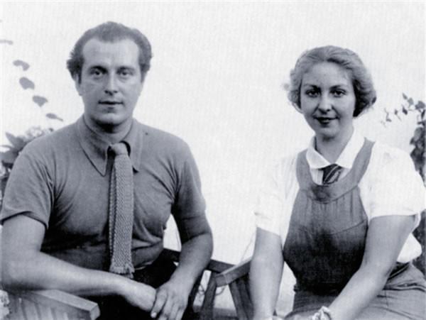 Rafael Alberti con su compañera, la escritora María Teresa León.