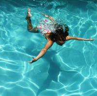Schwimmschule mit Schwimmkurs Kinder