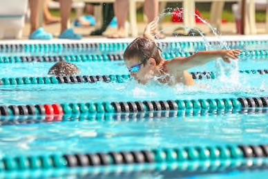 Schwimmkurse für Schwimmtests Abzeichen
