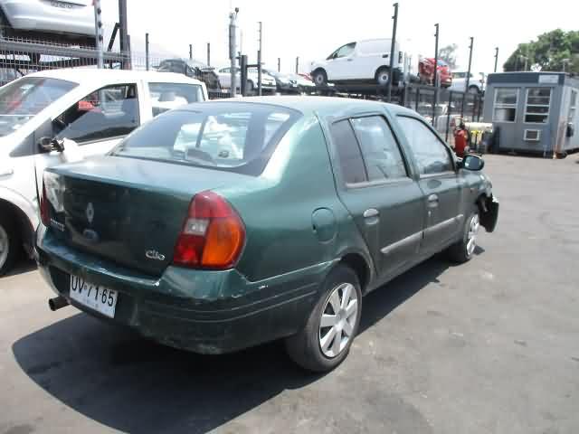 RENAULT CLIO AÑO 2001