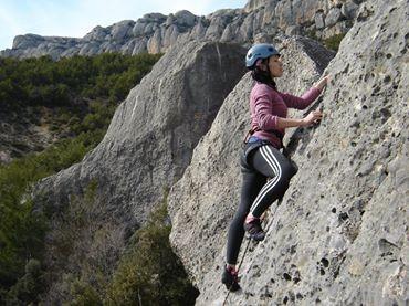 Curso de iniciación a la escalada en Arbolí