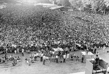 Firenze, Settembre 1975 - Discorso di Enrico Berlinguer alla festa dell'unità