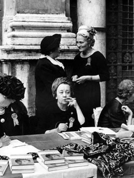 Roma, 1965 - Beneficenza a Villa Patrizi