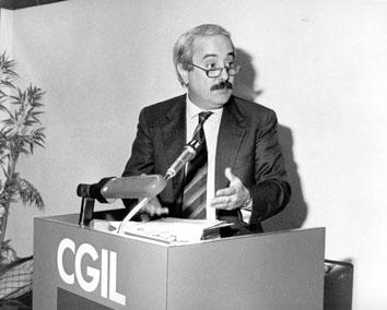 Roma, Dicembre 1990 - Giovanni Falcone al convegno Cgil su mafia e terrorismo