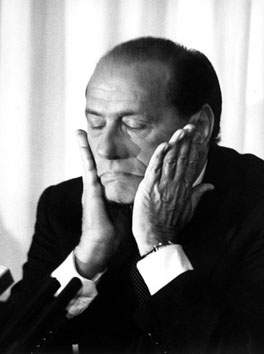 Roma, Dicembre 1994 - Silvio Berlusconi alla conferenza stampa su Finanziaria