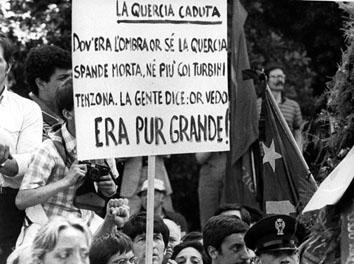 Roma, Giugno 1984 - Funerali Enrico Berlinguer, cartello