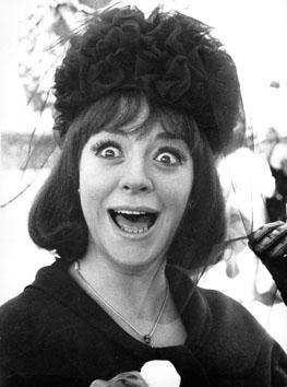 """Roma, Giugno 1965 - Katyna Ranieri dal film """" Rispettando parlando """""""