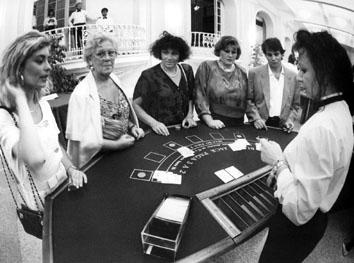 Nettuno (Roma), Luglio 1992 - Apertura casinò a Nettuno