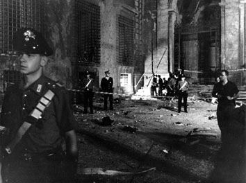 Roma, Luglio 1993 - Autobomba alla chiesa di San Giovanni in Laterano