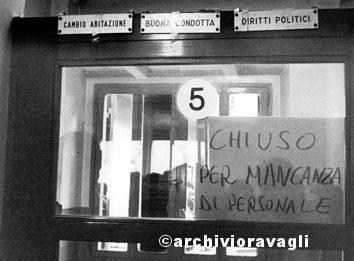 Roma, settembre 1984 - Circoscrizione di Roma chiusa per mancanza di personale