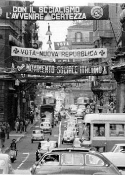 Roma, Giugno 1966 - Striscioni per elezioni comunali