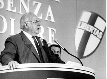 Roma, Luglio 1993 - Halmut Kohl all' Assemblea Nazionale della Democrazia Cristiana