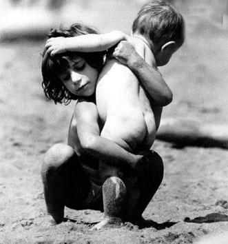 Roma, Agosto 1966 - Bambini al mare