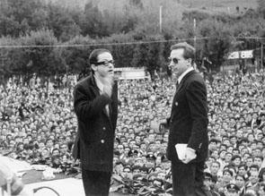 Frascati (Roma), Marzo 1965 - Mike Bongiorno e Gino Paoli al Frascati Disco d'Oro