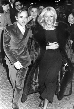 Roma, Marzo 1971 - Charles Aznavour con Virna lisi