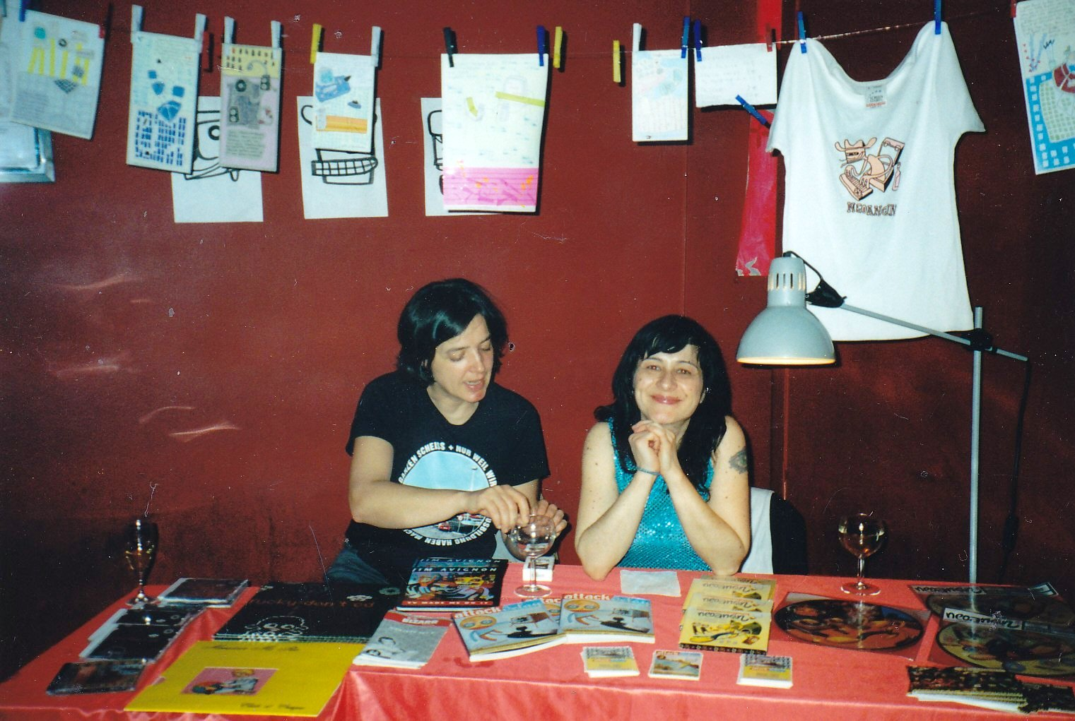 billy und almut zur friendly capitalism lounge, roter salon der volksbühne, berlin.