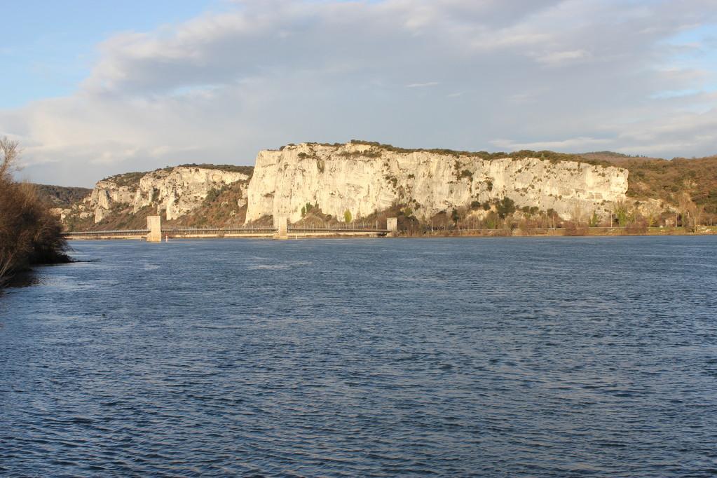 le pont du Robinet et les falaises - janvier 2012