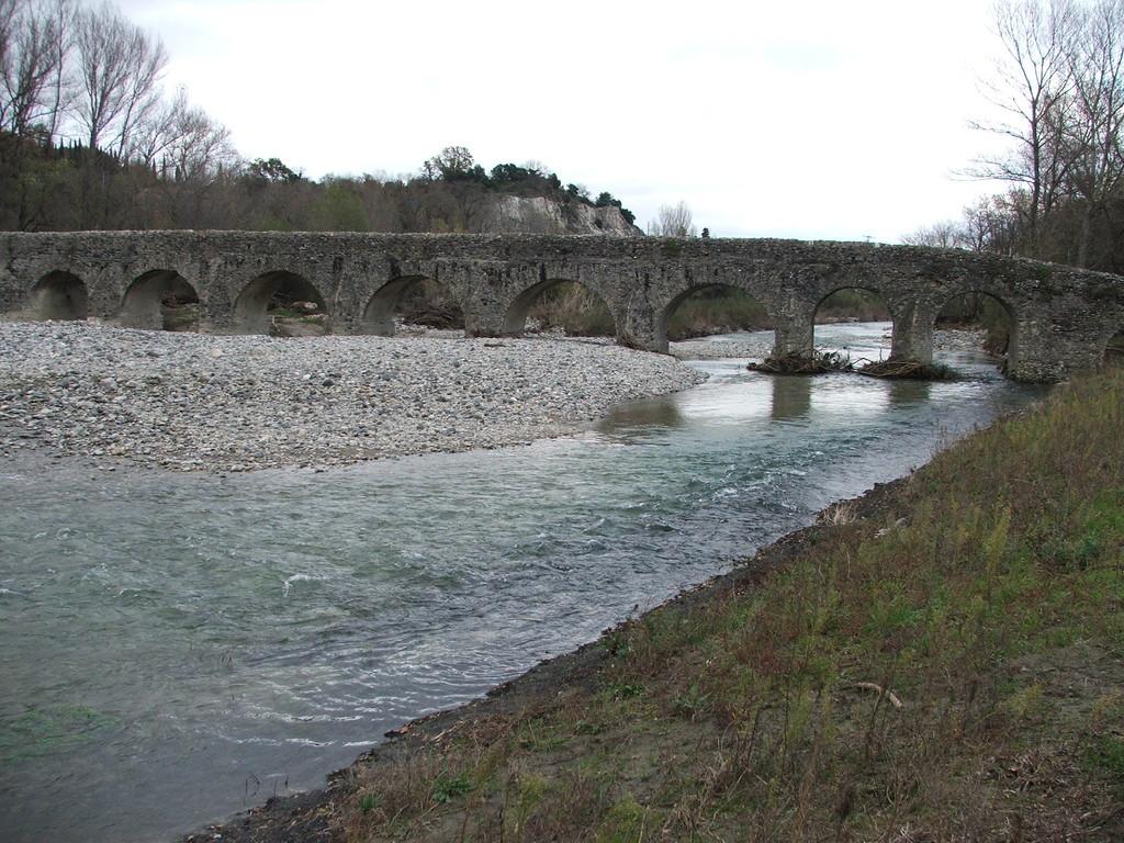 le Pont Romain à Viviers