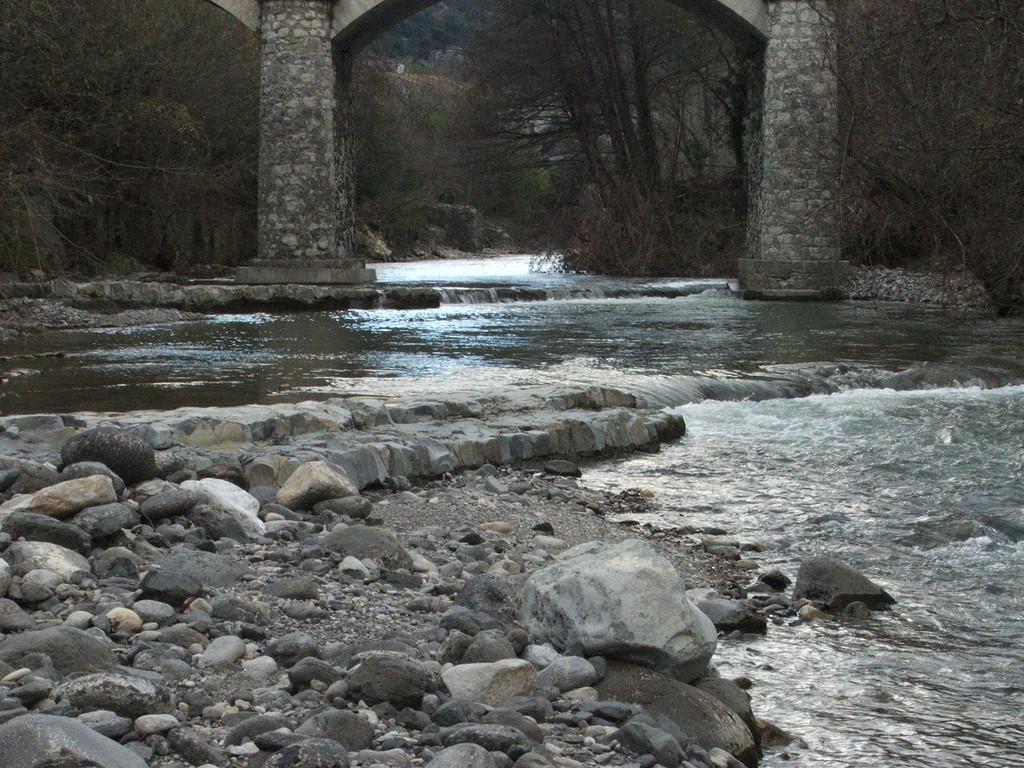 Pont des Crottes, à Saint Thomé