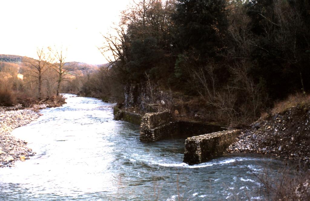 Prise d'eau à l'aval de la confluence avec la Nègue