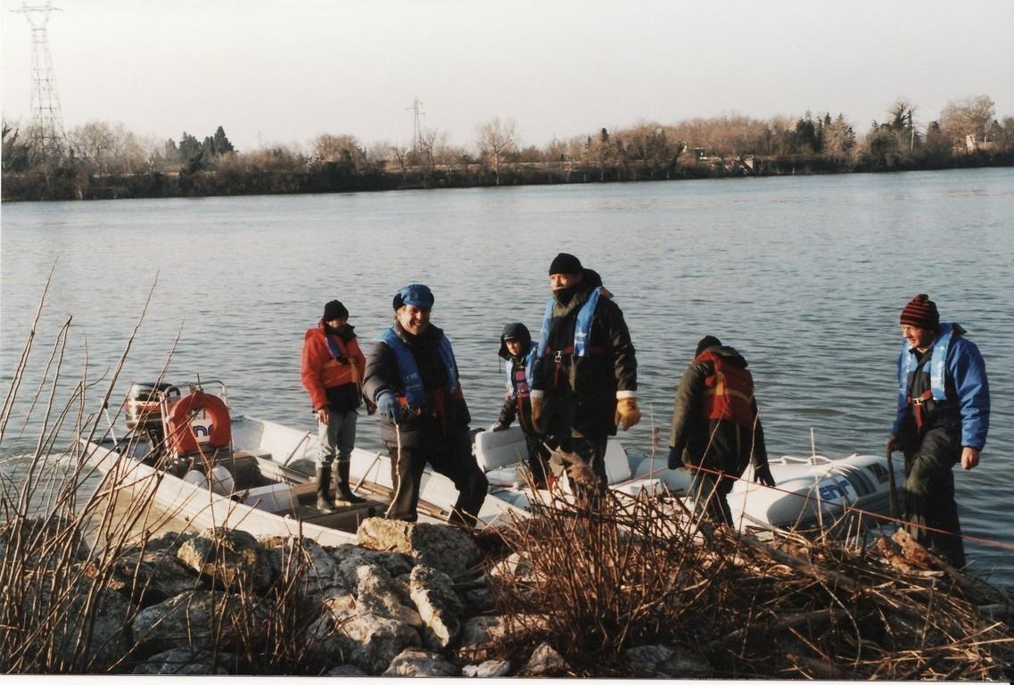 Les équipages des bateaux accompagnateurs