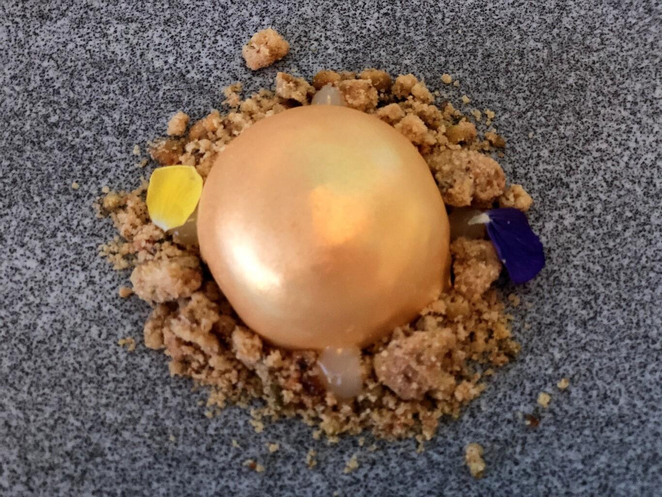 Piña caramelizada a la crujiente galleta con toques de coco / Fotos: Julio Fernandez Quintero de Abetal