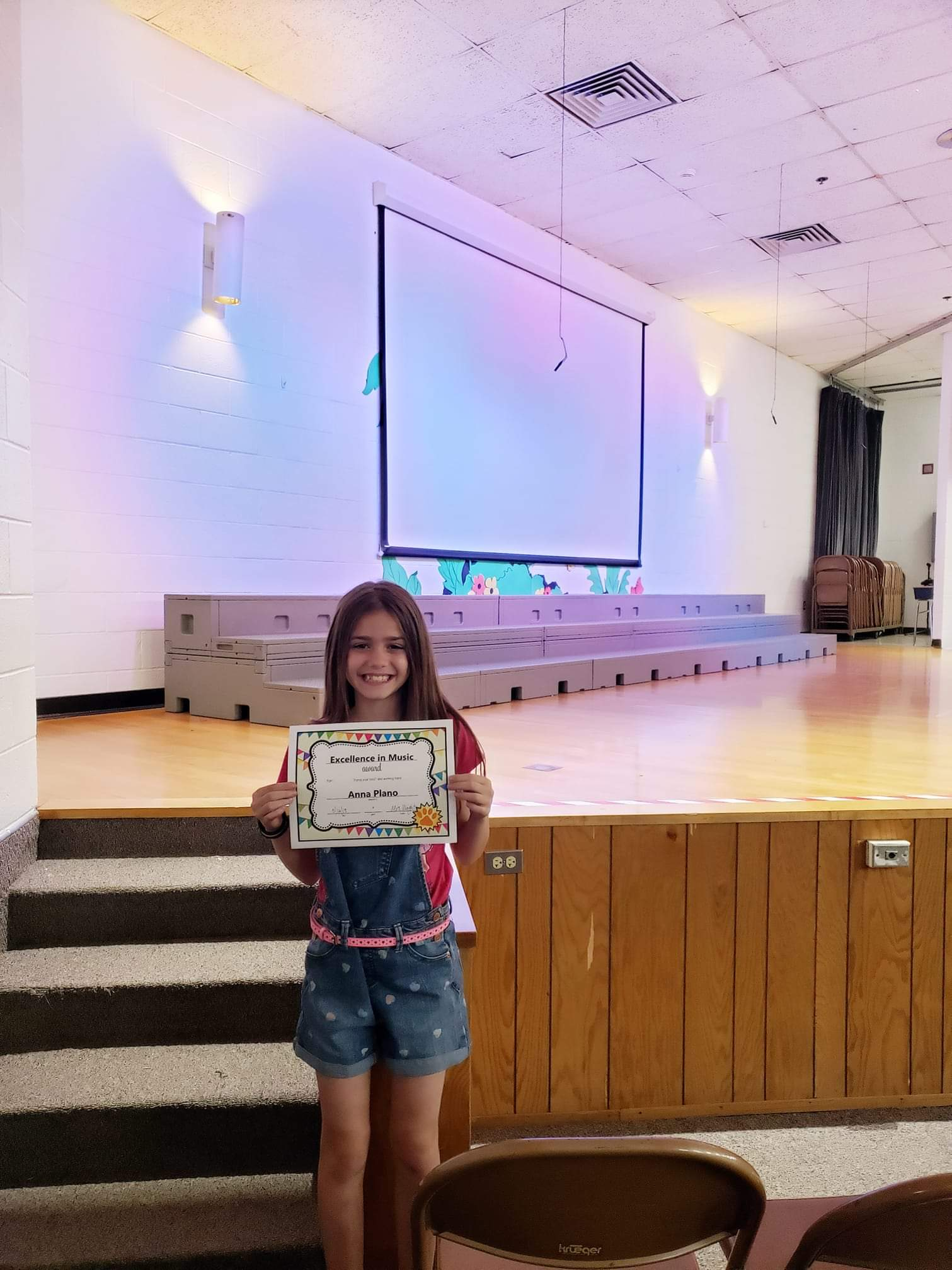 """ANNA PLANO RECEIVED THE """"EXCELLENCE IN MUSIC"""" AWARD AT LAKEVIEW ELEMENTARY SCHOOL, BLOOMINGTON IN!"""